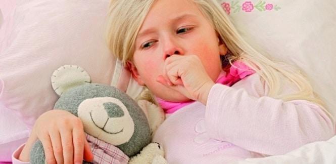 отек гортани у ребенка лечение