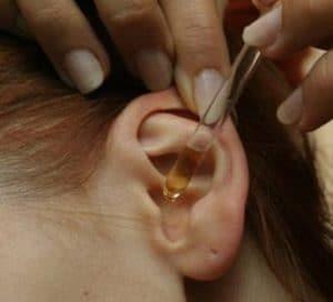 чем лечить отит уха у ребенка