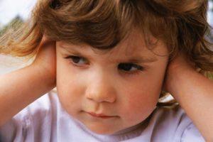 отит у ребенка 2 года лечение