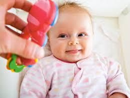 проверка слуха у ребенка на аппарате