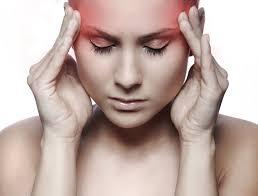 -почему болит голова в правой стороне и отдает в ухо