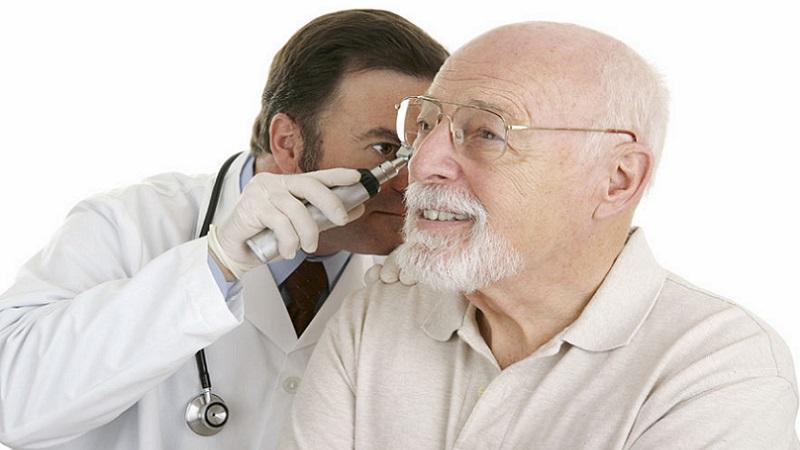 Больно ли промывать ухо от серной пробки