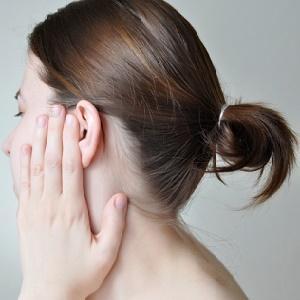 болезни уха у взрослых симптомы и лечение