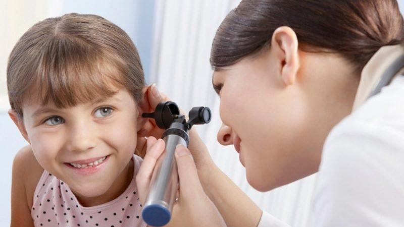 звенит в ушах у ребенка