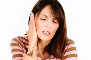 как и чем лечить ухо