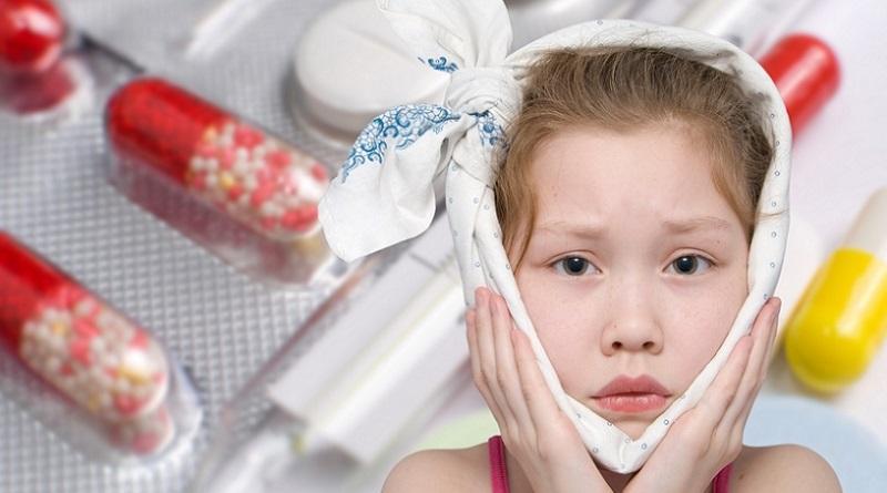 Почему болят уши у ребенка
