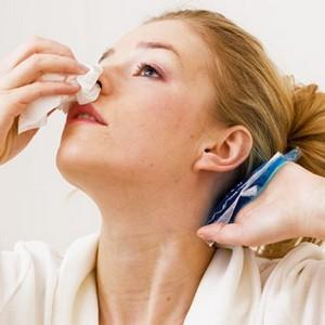 как остановить дома кровотечение из носа
