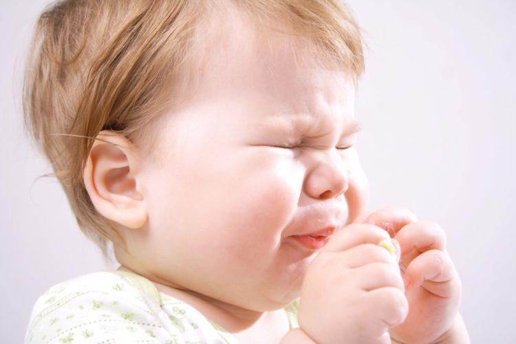 что принимать при насморке и чихании