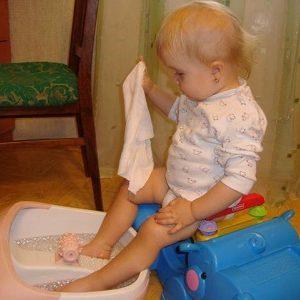 как парить ноги при насморке ребенку