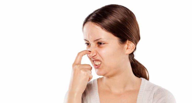 почему чешется нос снаружи
