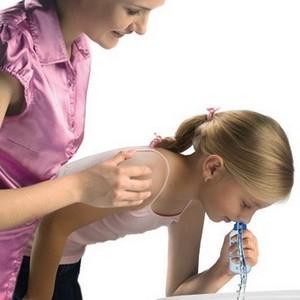 капать при заложенности носа у ребенка