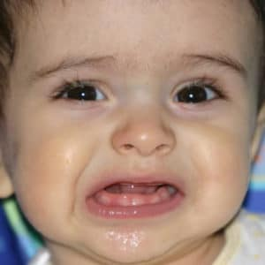 -обильные зеленые сопли у ребенка