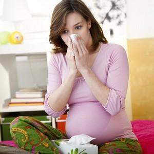 Как лечиться от простуды при беременности?