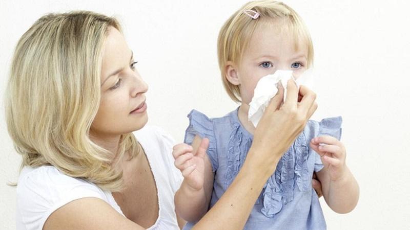 лечение насморка у детей по комаровскому