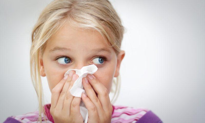 ставить прививку при насморке