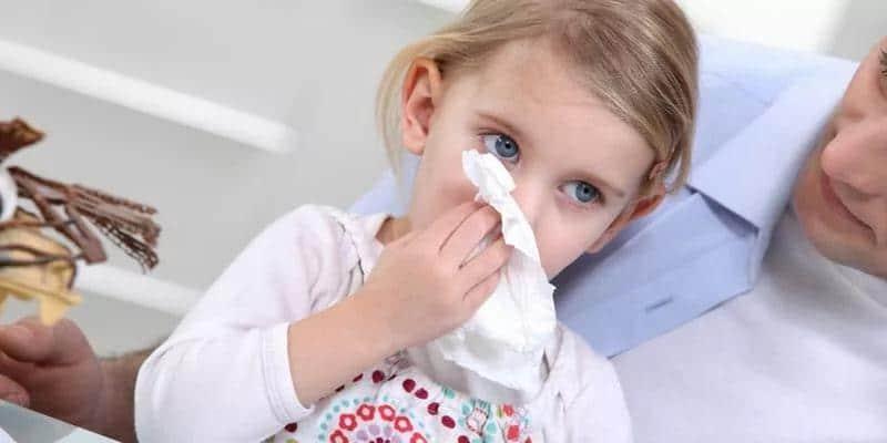 как и чем чем лечить ребенка от кашля и соплей