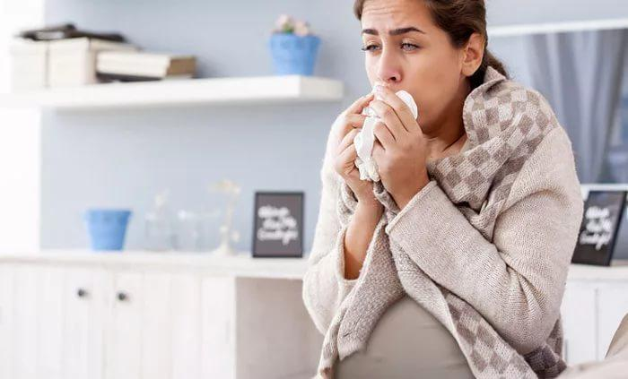 кашель на 30 недели беременности опасно ли