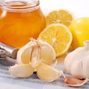 помогает ли мед от кашля