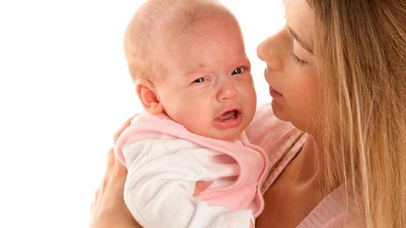 двухмесячный ребенок кашляет и чихает