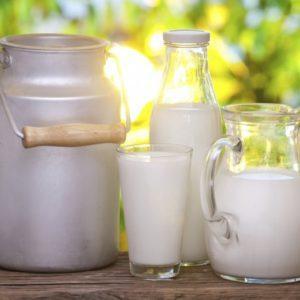 лечение кашля молоком и яйцом