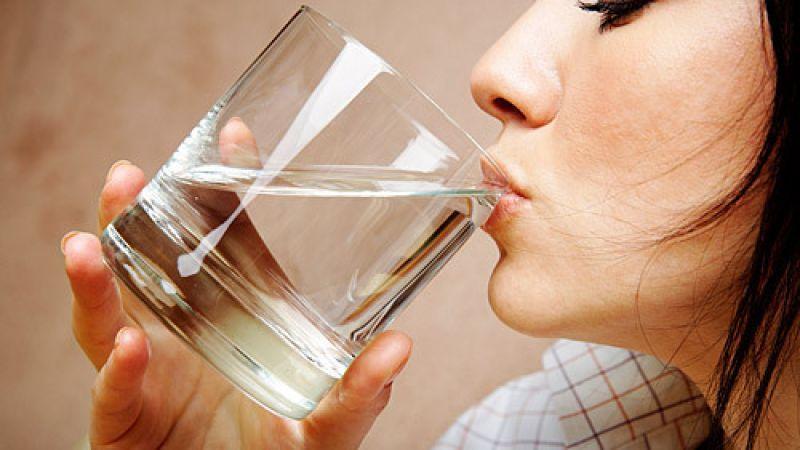 Как лечить горечь в горле?