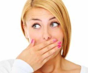 Как избавиться от запаха изо рта при тонзиллите
