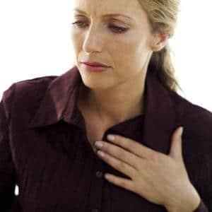 От чего бывает изжога в горле