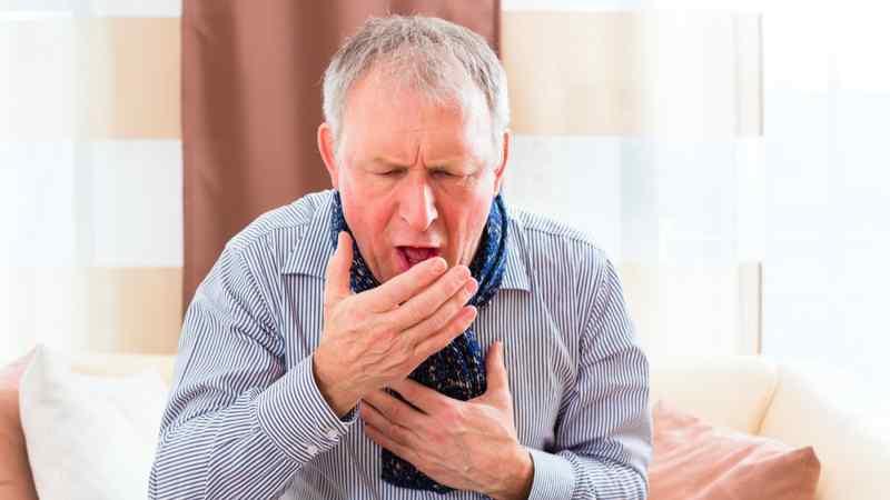 Почему из горла идет кровь